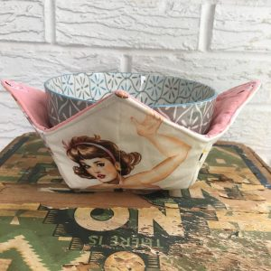 Pin-Up Girl Soup Bowl Warmer